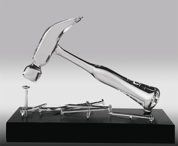 Illustration: hammer - solution