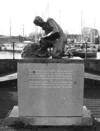 Illustration: monument in Spaarndam, created in 1950, dedicated to the boy who symbolizes the perpetual struggle of Holland against the water